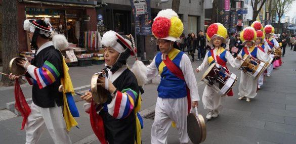 Туристам в Сеуле предлагают с головой «окунуться» в корейскую культуру