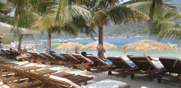 Вьетнам подвел итоги туристического сезона за 2016 год, россияне на 6-м месте по числу туристов