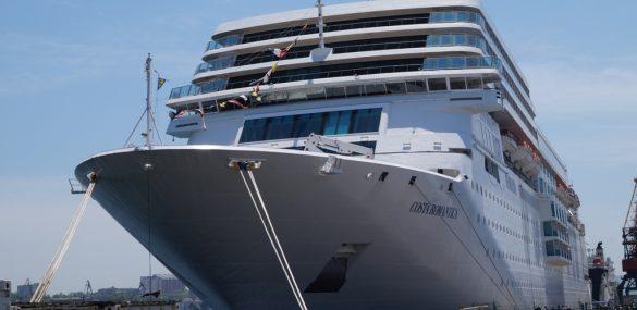 Круизный сезон продолжается – Владивосток встречает лайнер Costa NeoRomantica