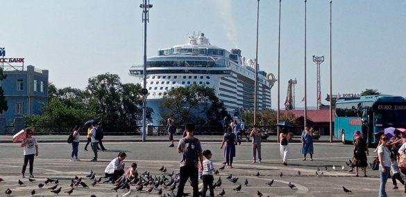 Владивосток принял самое большое круизное судно, которое когда-либо принимала Россия