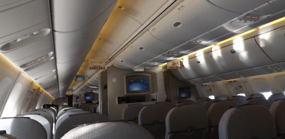 Пьяные приморцы занимались развратом в самолете по дороге из Москвы во Владивосток