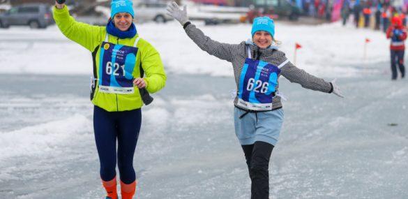 Владивосток массово вышел на лед: прошел V ледовый полумарафон Honor Vladivostok Ice Run