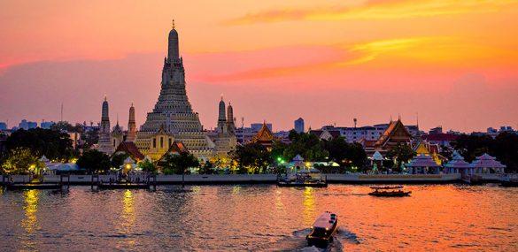 Таиланд готовится принимать по тысяче иностранцев в день