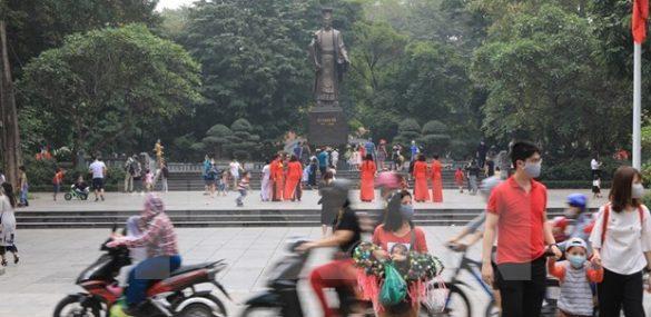 Ханой начинает принимать туристов