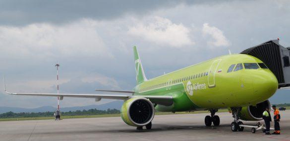 Владивосток встречает еще один вывозной рейс