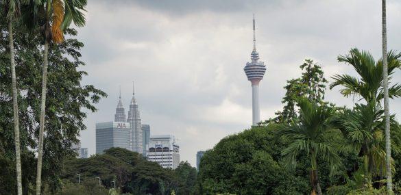 Малайзия из-за COVID-19 ввела ограничения на въезд для иностранцев до конца 2020 года