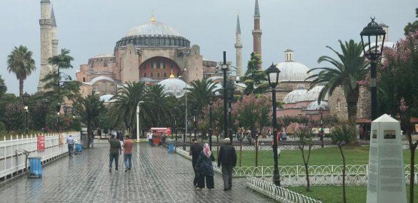 Турцию можно заменить на Россию или консультации по ограничениям полетов