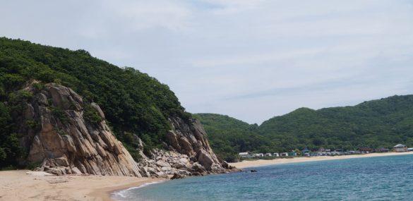 Forbes определил лучшие пляжи Приморья