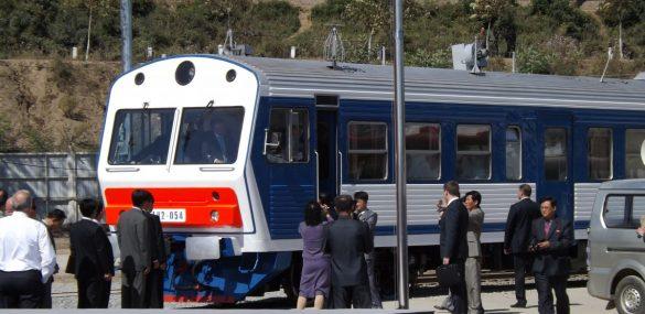 Южная Корея для развития туризма готова запустить поезд из Пусана через КНДР во Владивосток