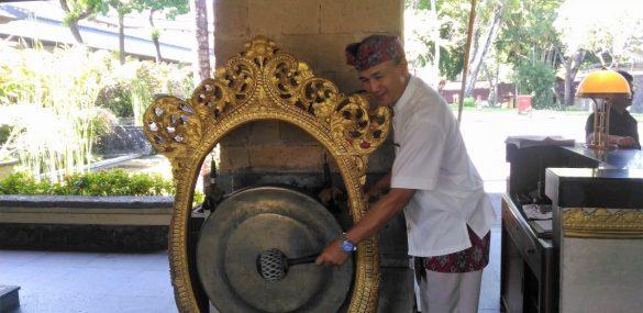 Бали с 14 октября станет доступным для иностранцев. Но не для всех