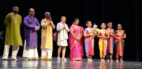 В путешествие по Индии через классические танцы отправились владивосткоцы