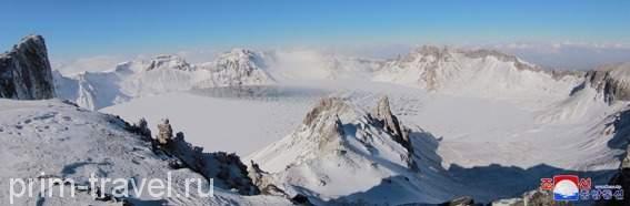 В КНДР священную гору Пэкту хотят сделать удобной для туристов