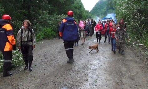 В Кавалеровском районе Приморья спасатели вызволили туристов из района бедствия
