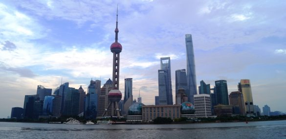В аэропортах Пекина, Шанхая и Гуанчжоу пассажиры будут сдавать отпечатки пальцев