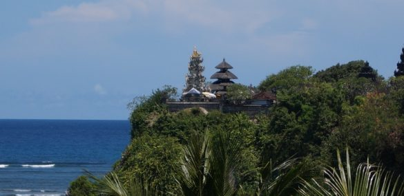 Вулканы и море, танцы и релакс,  серфинг и шопинг – отдыхаем на Бали