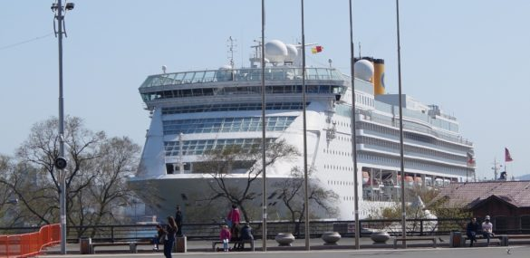 Круизный сезон-2019: лайнеры-гиганты, 16 судозаходов, возможность отправиться в круиз