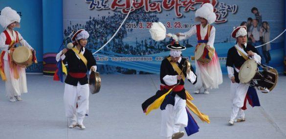 Южная Корея приглашает приморцев на весенние фестивали