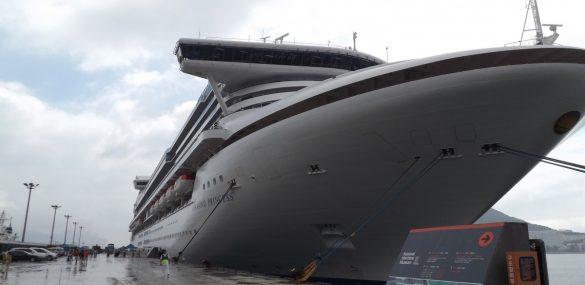Выросло число туристов, заразившихся на лайнере Diamond Princess коронавирусом
